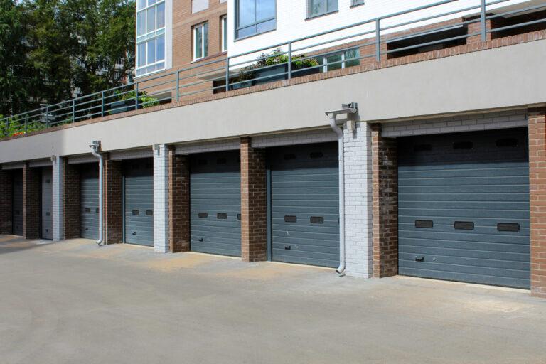 Commercial Garage Door Service in Miami