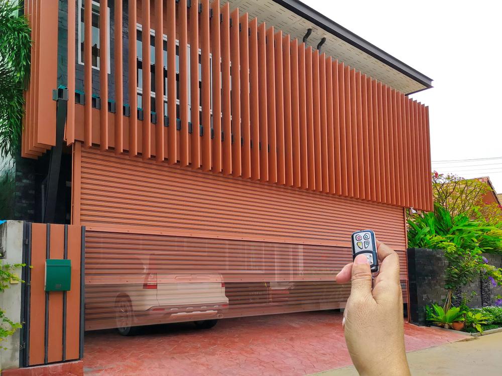 What to Do When Garage Door Is Jammed