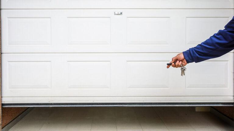 Garage Door Installation Experts in Miami
